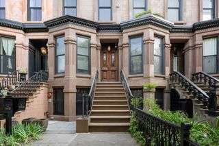 110 Lefferts Pl, Brooklyn, NY 11238