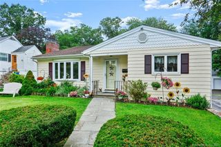24 Central St, Stamford, CT 06906