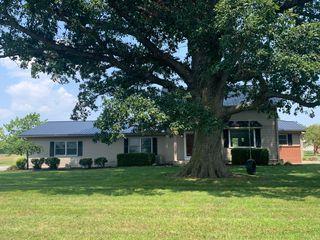 13714 Hamilton Rd, Roanoke, IN 46783