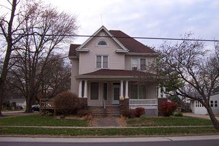401 N Macon St, Bement, IL 61813