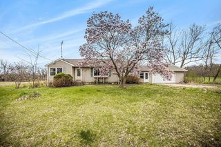 6308 Cross Rd, Concord, MI 49237