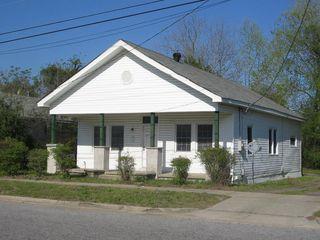 1007 S 10th St, Wilmington, NC 28401