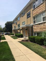 6765 N Olmsted Ave, Chicago, IL 60631
