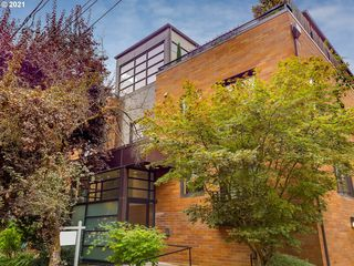 2222 NW Hoyt St #202, Portland, OR 97210