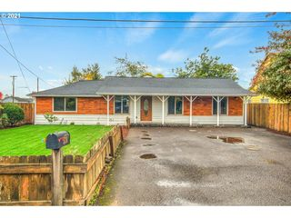 520 N Walnut St, Independence, OR 97351