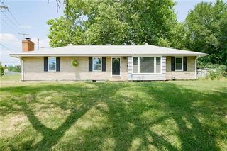 10214 Bellaire Ave, Kansas City, MO 64134