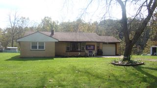 52933 68th Ave, Lawrence, MI 49064
