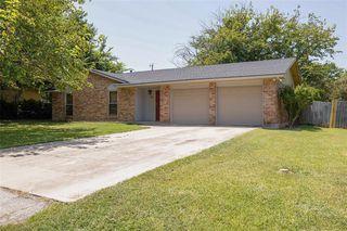 321 Walnut Ave, Azle, TX 76020