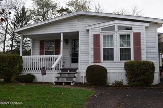 61 W Overlook St, Orangeville, PA 17859