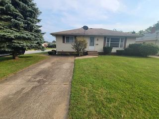 13708 Silver Rd, Cleveland, OH 44125