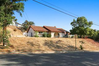 11117 Western Hills Dr, Riverside, CA 92505