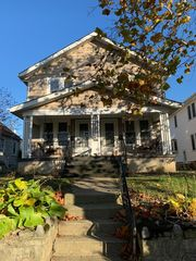 858 Oxley Rd, Grandview Heights, OH 43212