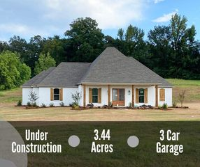 320 Driftwood Ln, Florence, MS 39073