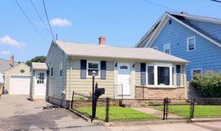 100 Baxter St, Pawtucket, RI 02861