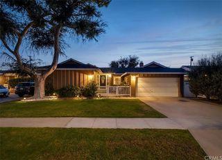 1815 Nipomo Ave, Long Beach, CA 90815