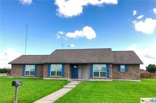 801 Bluebonnet Ave, Edna, TX 77957