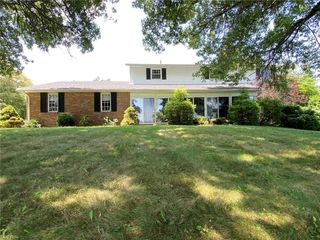 5447 N American Rd NW, Dover, OH 44622