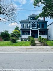 37 Governors Pl, Columbus, OH 43203