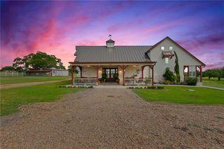 806 River Bend Rd, Smithville, TX 78957