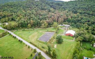 243 Fairpoint Rd, Mill Hall, PA 17751