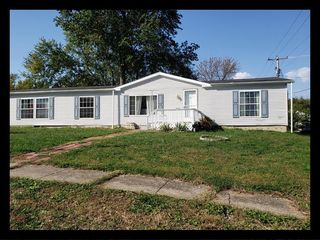 56 S Rutherford St, Macon, MO 63552