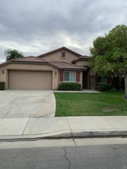 13123 Ridgeway Meadows Dr, Bakersfield, CA 93314