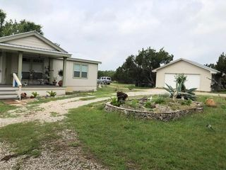 105 W Lakeshore Dr, Dripping Springs, TX 78620