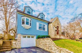 1179 W 1st Ave, Grandview, OH 43212