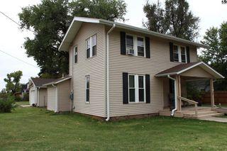 621 E Monroe St, Sterling, KS 67579