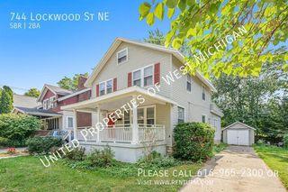 744 Lockwood St NE, Grand Rapids, MI 49503