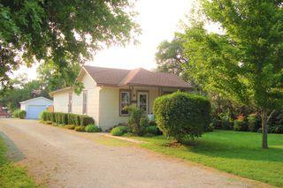 110 N Coble St, Marion, KS 66861