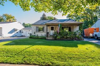 62 Crossfield Rd, Rochester, NY 14609