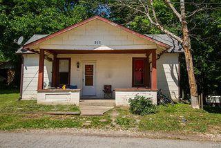 215 Church St, Winfield, MO 63389