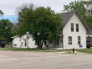 601 E 7th Ave, Redfield, SD 57469
