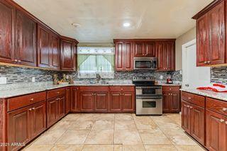 2911 N 50th Dr, Phoenix, AZ 85031