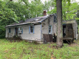 129 Log Cabin Rd, Kennebunkport, ME 04046