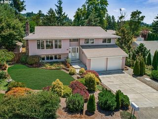12012 SE 115th Ave, Happy Valley, OR 97086