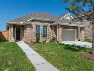 10513 Clouds Rest Dr, Iowa Colony, TX 77583