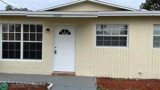 3001 NW 26th St, Oakland Park, FL 33311