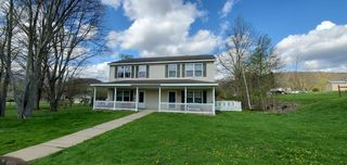 67 Maple St, Great Bend, PA 18821