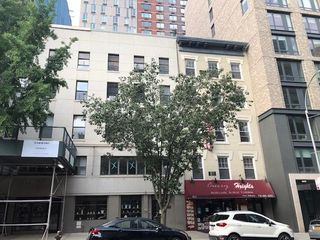 147 Remsen St #3B, Brooklyn, NY 11201