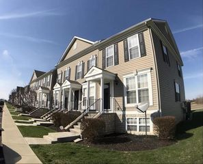 6556 Crab Apple Dr, Canal Winchester, OH 43110