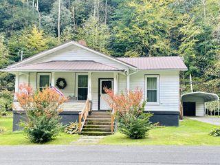 1626 Derby Rd, Appalachia, VA 24216