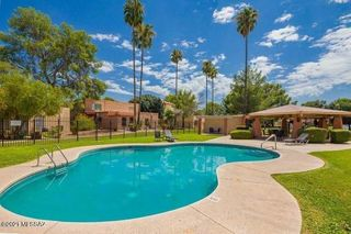 1949 N Camino Serna #B, Tucson, AZ 85715