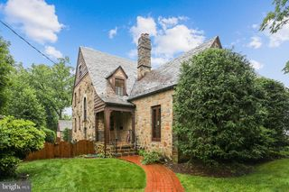 105 Summerfield Rd, Chevy Chase, MD 20815