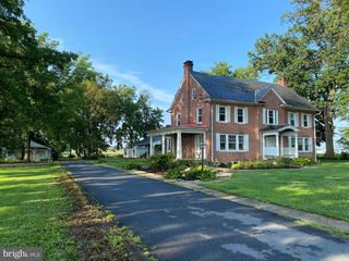 2574 Lincoln Hwy E, Ronks, PA 17572