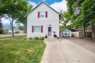 1024 8th Ave SW, Aberdeen, SD 57401