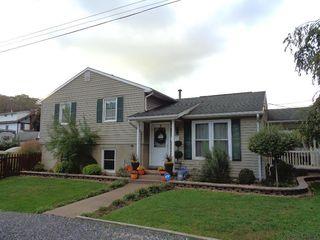 105 Smithfield St, Johnstown, PA 15905