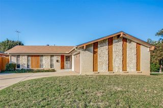 629 Bur Oak Dr, Irving, TX 75060