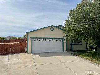 6433 Coquille Ct, Sun Valley, NV 89433